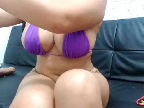 Hot Latina webcam fun 14