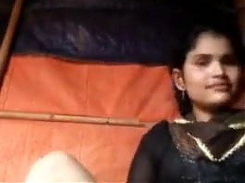 Desi young horny girl